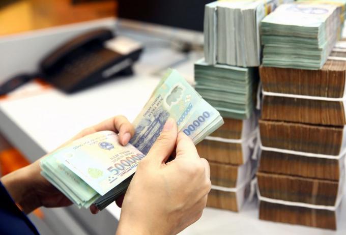 Bộ Tài chính: Thu ngân sách Nhà nước giảm khoảng 1.000 tỷ đồng khi giảm phí, lệ phí
