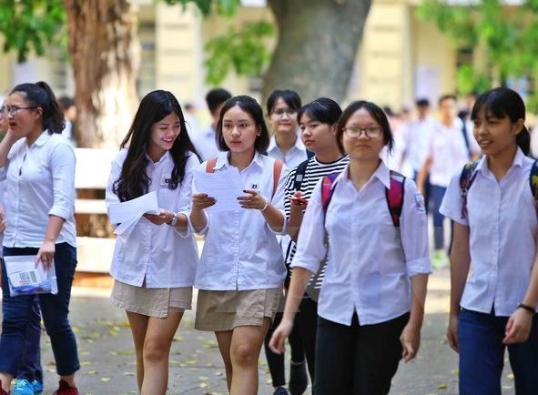 Hà Nội chính thức công bố điểm thi tuyển sinh lớp 10