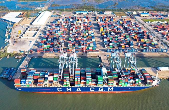 Xuất nhập khẩu hàng hóa của cả nước tăng 30,7% trong 4 tháng đầu năm