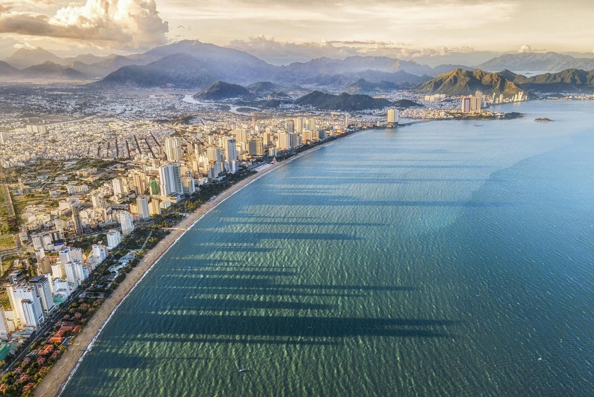 Du lịch tái khởi động tạo triển vọng cho bất động sản ven biển