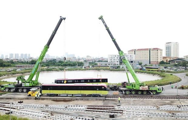 Người dân được tham quan tàu tuyến metro Nhổn - ga Hà Nội trong 2 ngày