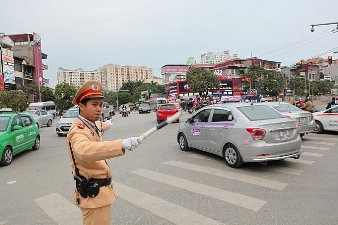 Phân luồng từ xa, phòng ngừa ùn tắc giao thông phục vụ Đại hội Đảng lần thứ XIII