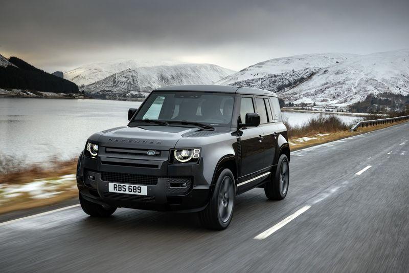 Land Rover Defender V8 có thêm hai phiên bản đặc biệt