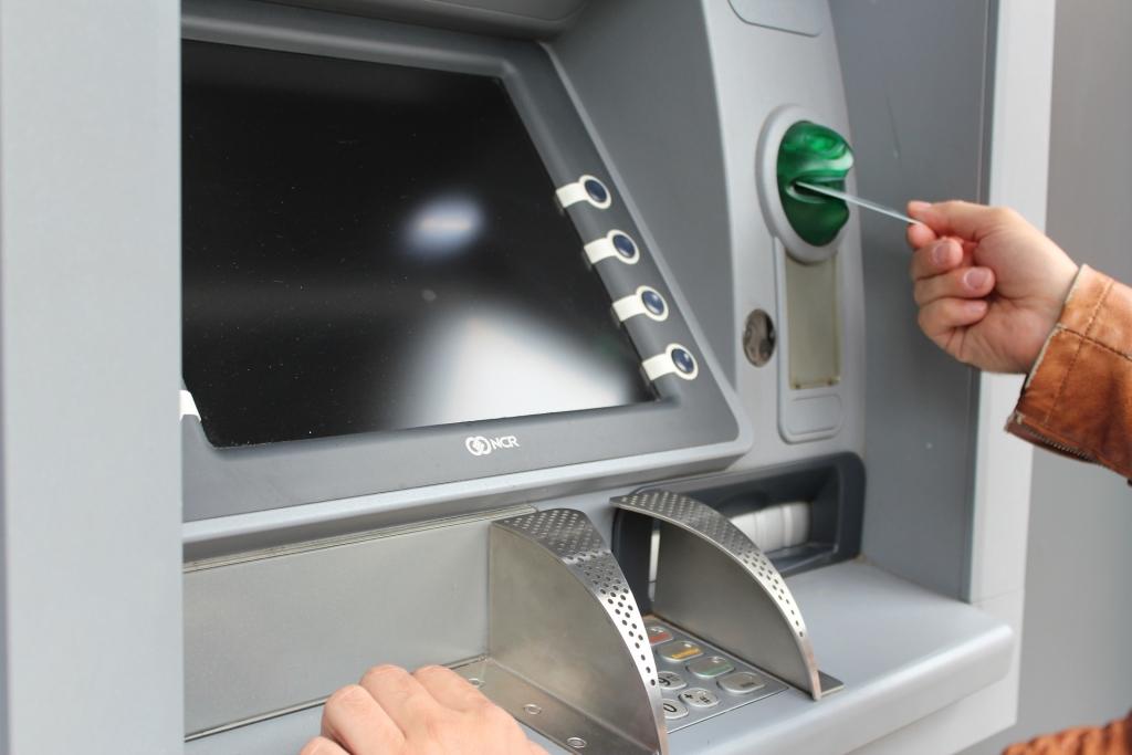 Tăng cường phòng, chống vi phạm trong hoạt động thẻ ngân hàng