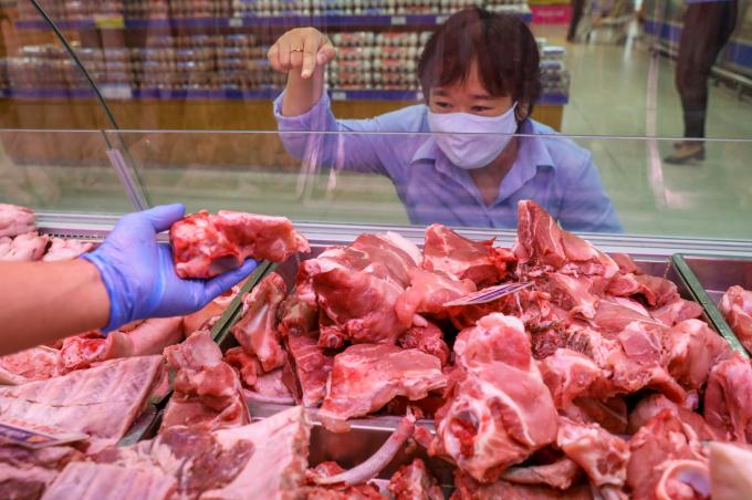"""Quyết liệt thanh kiểm tra, làm rõ trách nhiệm để xảy ra """"nghịch lý"""" giá thịt lợn"""