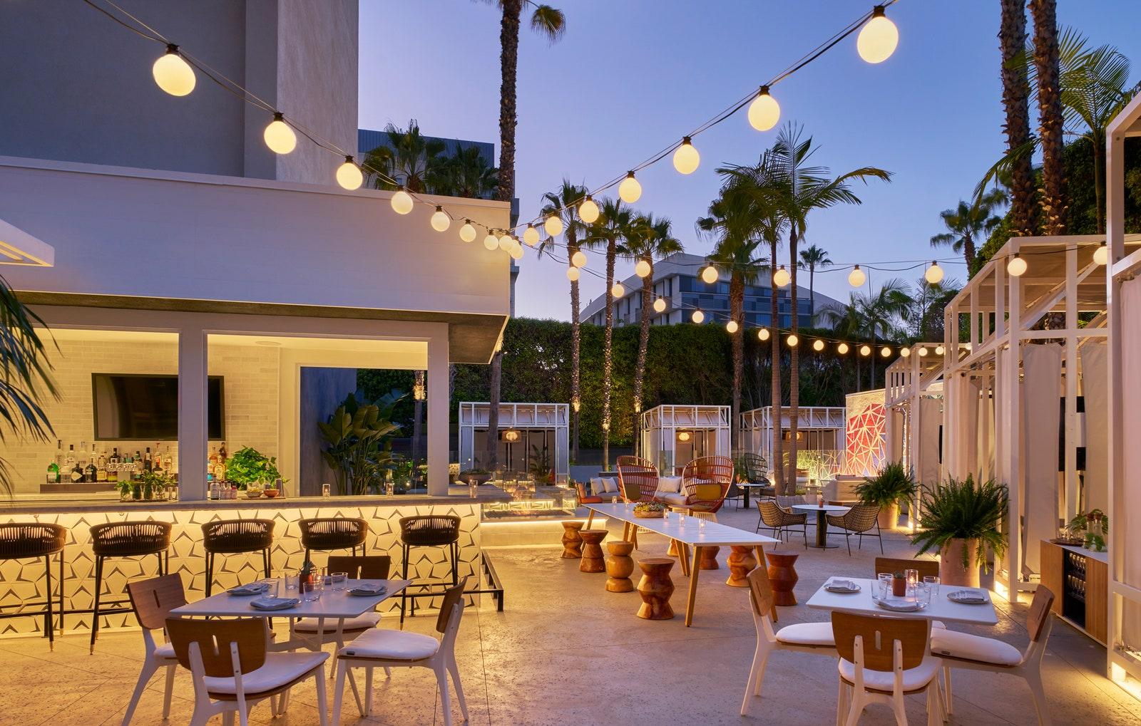 Covid-19 đã thay đổi ngành thiết kế khách sạn như thế nào?