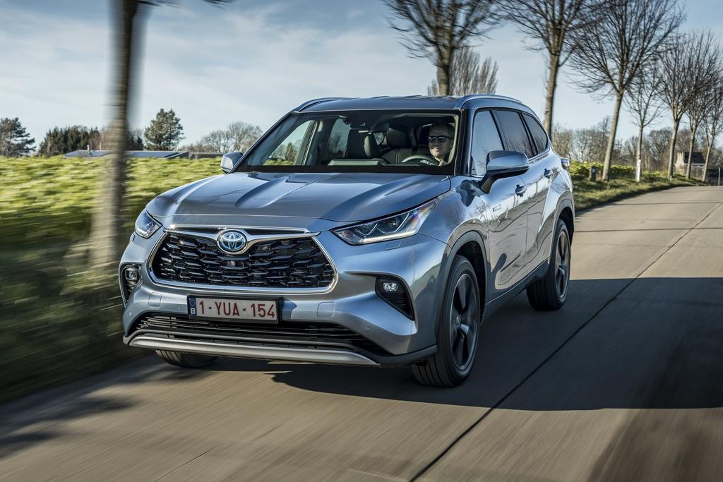 Toyota Highlander 2021 ra mắt tại châu Âu