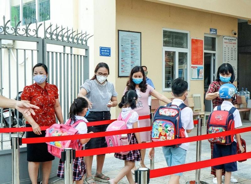 Không để xảy ra dịch bệnh lớn trong các trường học tại Hà Nội
