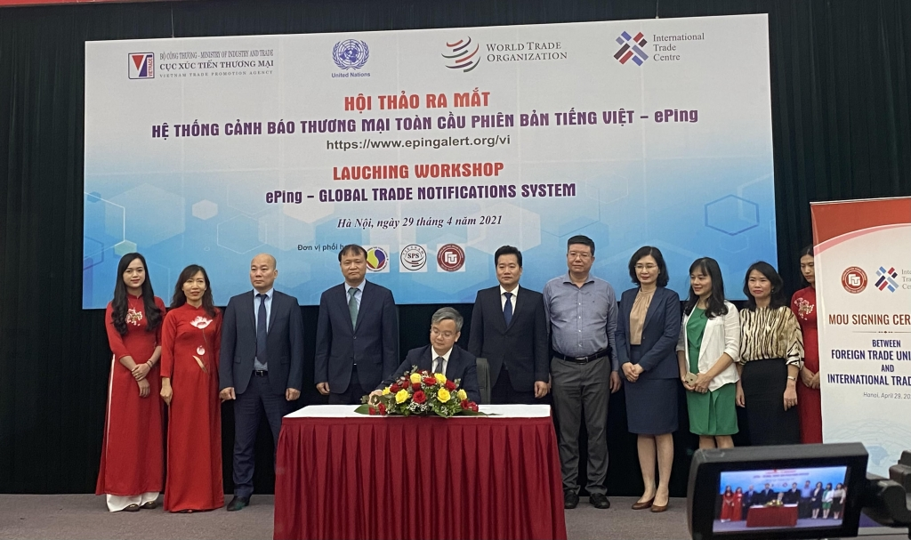 Lễ ký kết hợp tác ra mắt hệ thống ePing phiên bản tiếng Việt