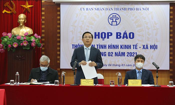 Giám đốc Sở TT&TT Hà Nội Nguyễn Thanh Liêm phát biểu tại buổi họp báo