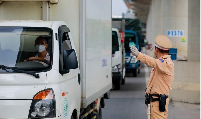 Theo Hướng dẫn tạm thời của Bộ Y tế, việc chỉ định xét nghiệm không áp dụng với việc đi lại của người dân (ảnh minh họa: Khánh Huy)