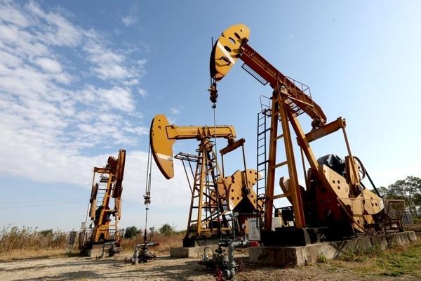 Giá dầu thô giảm khi xuất hiện nhiều thông tin bất lợi trong khi thông tin hỗ trợ chưa có gì mới