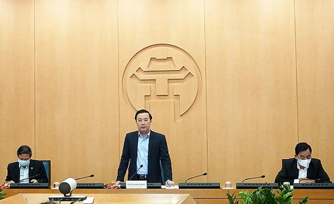 Phó Chủ tịch UBND Thành phố Hà Nội Chử Xuân Dũng phát biểu chỉ đạo tại phiên họp chiều 17-2