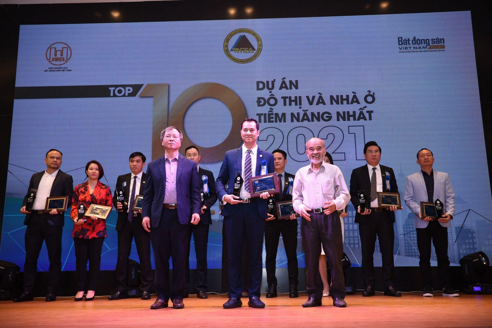 """Meyhomes Capital Phú Quốc được vinh danh là """"Top 10 dự án đô thị và nhà ở tiềm năng nhất 2021"""""""