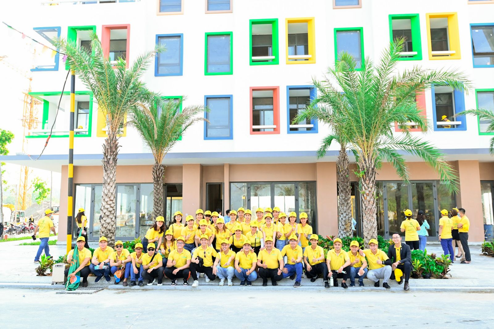 """Trực tiếp thăm nhà mẫu và Bãi Trường (cách dự án 100m) giúp các """"chiến binh"""" sales cảm nhận chân thực về Meyhomes Capital Phú Quốc"""