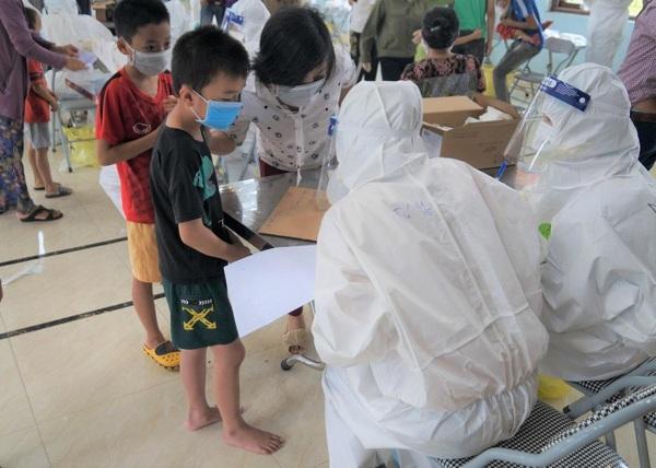 Toàn bộ người dân tại thôn Núi Hiểu, xã Quang Châu, huyện Việt Yên, Bắc Giang đã được lấy mẫu xét nghiệm