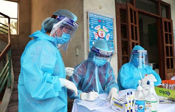 Từ ngày 27/5, đã thực hiện tiêm 1.871 liều vaccine phòng COVID-19 cho công nhân các khu công nghiệp tại hai tỉnh Bắc Giang và Bắc Ninh