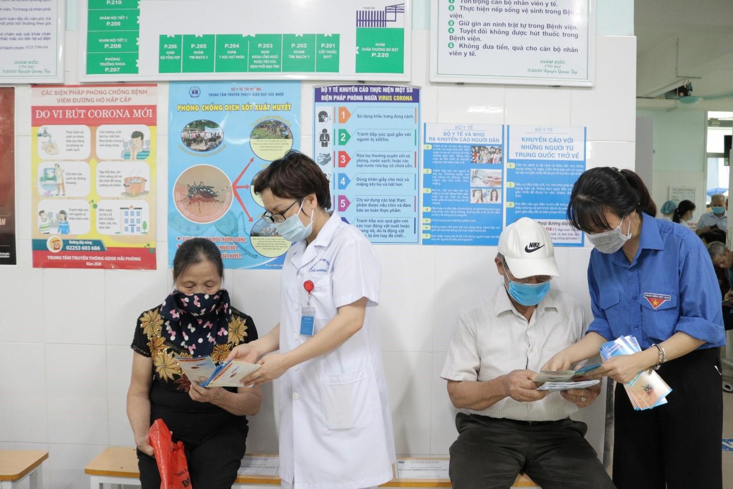 Tăng cường công tác tuyên truyền dịch sốt xuất huyết tại các bệnh viện