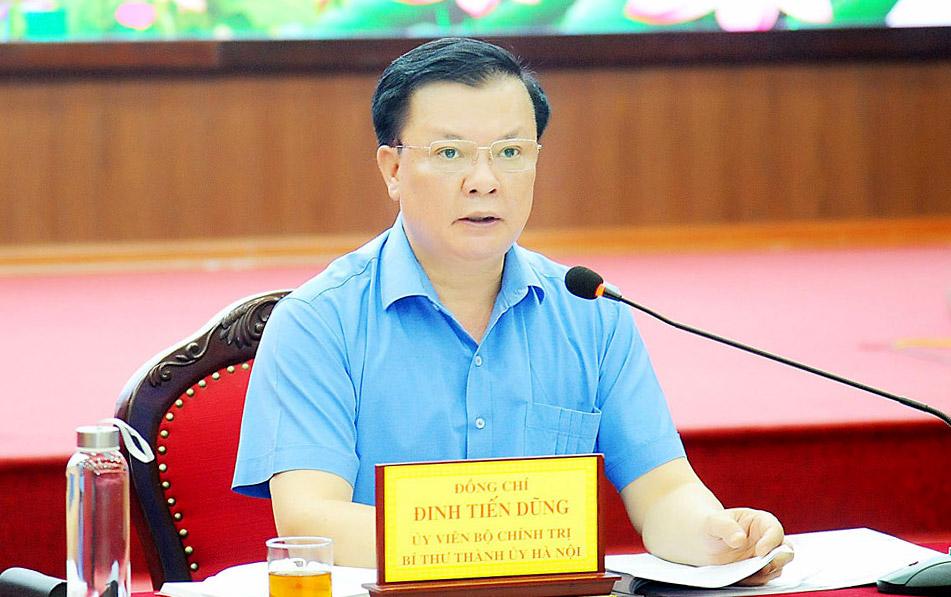 Bí thư Thành ủy Hà Nội Đinh Tiến Dũng khẳng định thực hiện nghiêm giãn cách xã hội là biện pháp quan trọng nhất lúc này.