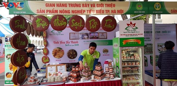 Một gian hàng trưng bày và giới thiệu sản phẩm nông nghiệp tiêu biểu Hà Nội