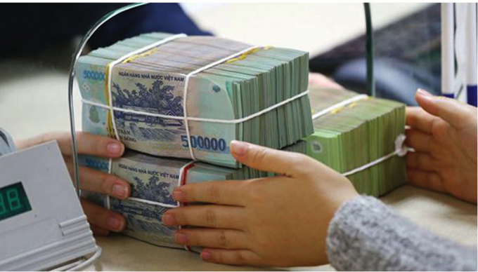 Ngân hàng giảm lãi suất cho vay để hỗ trợ người dân và doanh nghiệp.