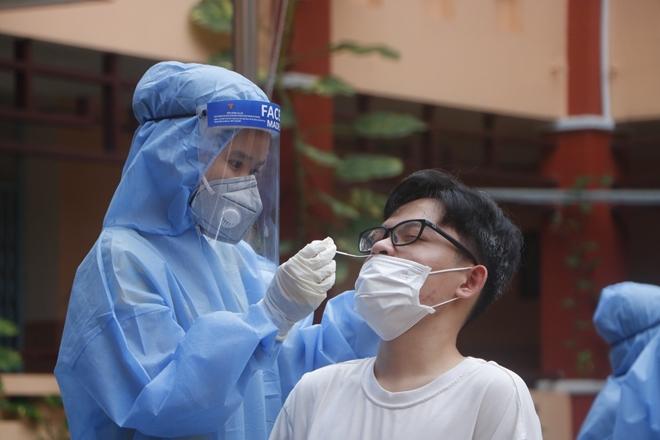 Hà Nội: 13 nhóm người nguy cơ cao được lấy mẫu xét nghiệm Covid-19 từ hôm nay