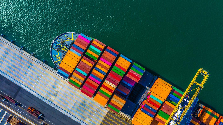 Doanh nghiệp cảng phải thực hiện kê khai, niêm yết giá theo đúng quy định.