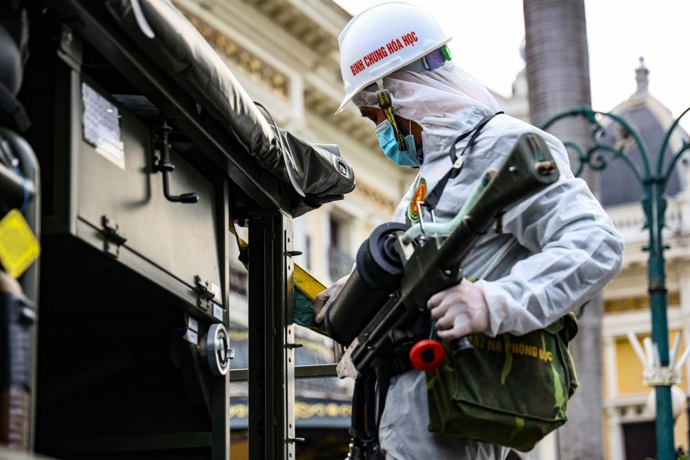 Công tác chuẩn bị, phương án phun khử khuẩn các tuyến phố được các đơn vị trao đổi, thống nhất.