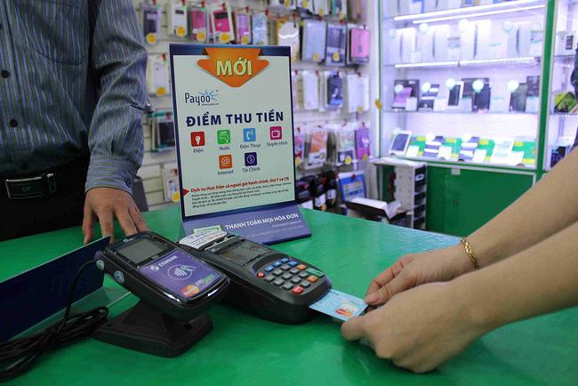 EVN khuyến khích khách hàng thanh toán không dùng tiền mặt