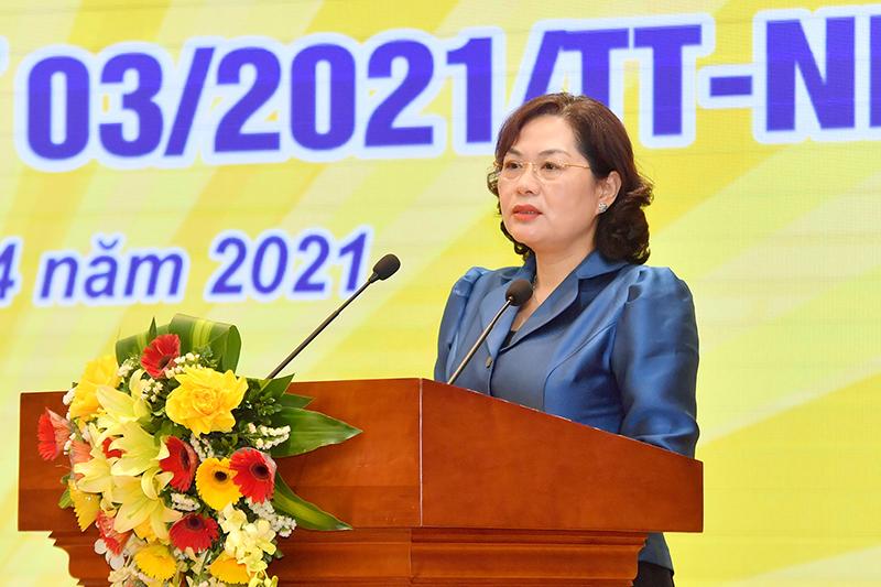 Thống đốc NHNN Nguyễn Thị Hồng phát biểu tại Hội nghị.