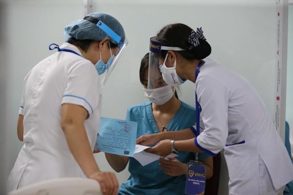 Bộ Y tế đã phân bổ hơn 800.000 liều vaccine Covax tài trợ cho Trung tâm kiểm soát bệnh tật của 63 tỉnh thành, công an, quân đội…