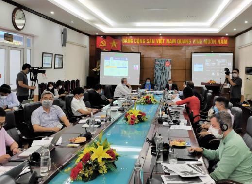 Toàn cảnh Diễn đàn trực tuyến về chủ đề phát triển ngành nuôi biển quy mô công nghiệp của Việt Nam diễn ra ngày 21/5.