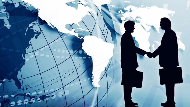 Việt Nam đang hội nhập kinh tế quốc tế sâu rộng.