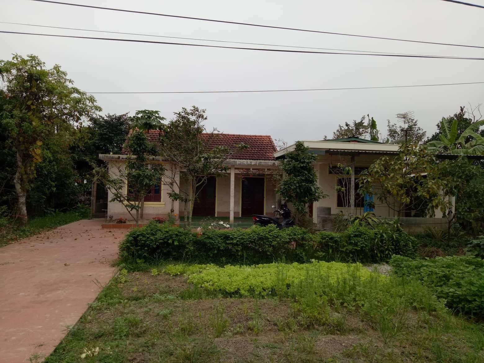 Ngôi nhà cũ của gia đình