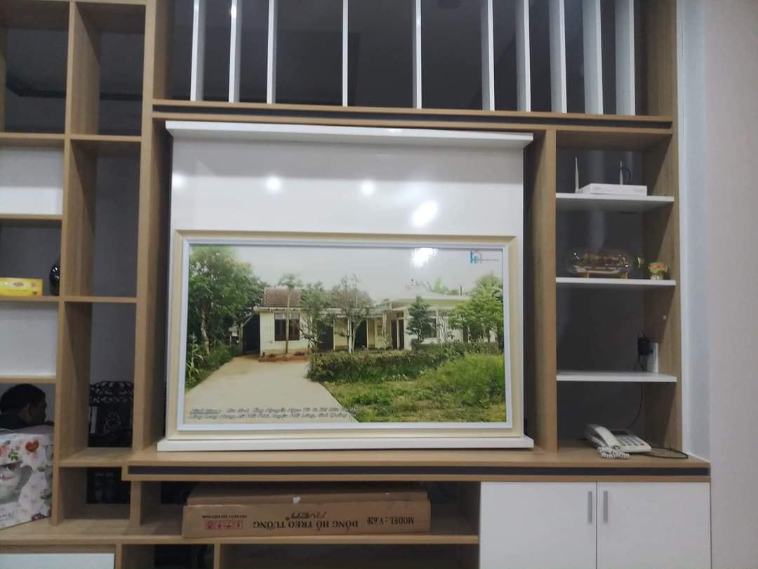 Để ghi dấu lại kỷ niệm - bức tranh này đã ra đời do công ty làm nhà cho gia đình chị Hồng Anh tặng.