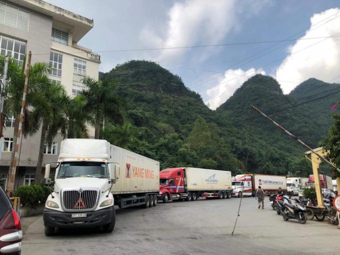 Bộ Công Thương yêu cầu các doanh nghiệp xuất khẩu hàng hóa sang Trung Quốc theo đường chính ngạch.