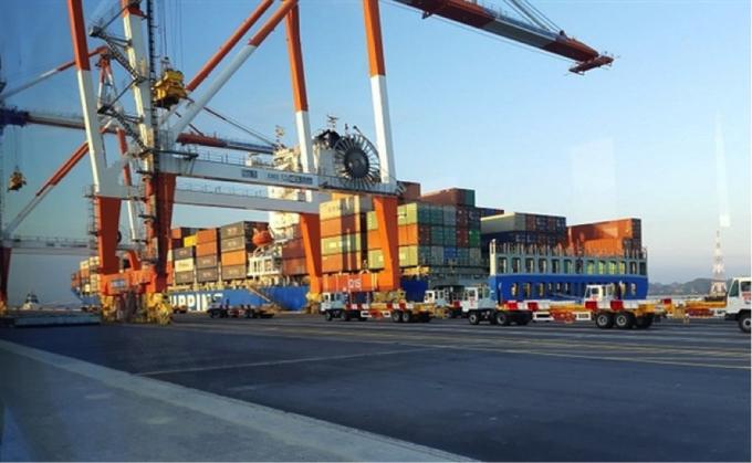 Chi phí dịch vụ logistics của Việt Nam rất cao là do hạ tầng logistics vẫn còn nhiều tồn tại, bất cập.
