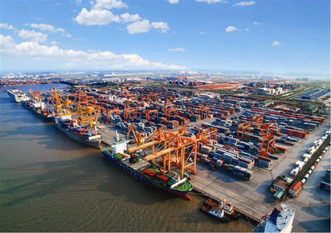 Tình trạng thiếu container và thiếu tàu do dịch Covid-19 đã làm tăng nhu cầu lưu kho ở Việt Nam.