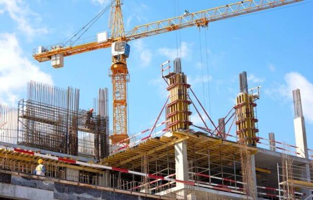 Các công trình, dự án đủ điều kiện xây dựng được phép thi công trở lại