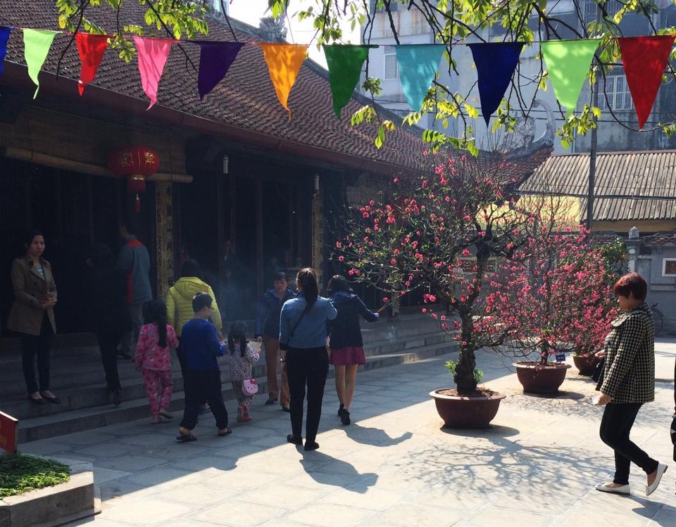 Lễ chùa đầu năm
