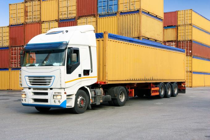 Doanh nghiệp vận tải đang kiệt quệ vì dịch bệnh nên đừng bắt họ lãng phí thêm.