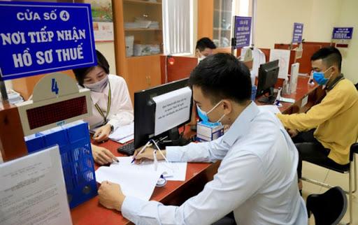 Cục Thuế Hà Nội đã tiếp nhận 3.377 giấy đề nghị gia hạn nộp thuế. Ảnh TL