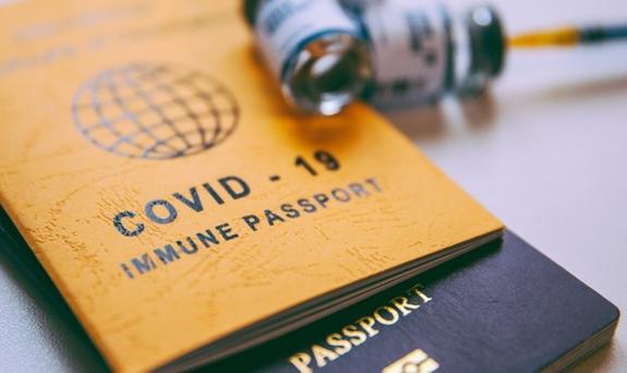 Du khách sẽ phải có chứng nhận đã tiêm đủ hai liều vaccine ngừa Covid-19 và được cơ quan có thẩm quyền tại Việt Nam công nhận
