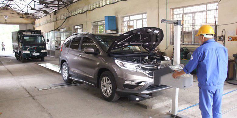 Chu kỳ kiểm định xe ô tô sẽ tăng từ 18 tháng lên 24 tháng. (Ảnh minh họa)