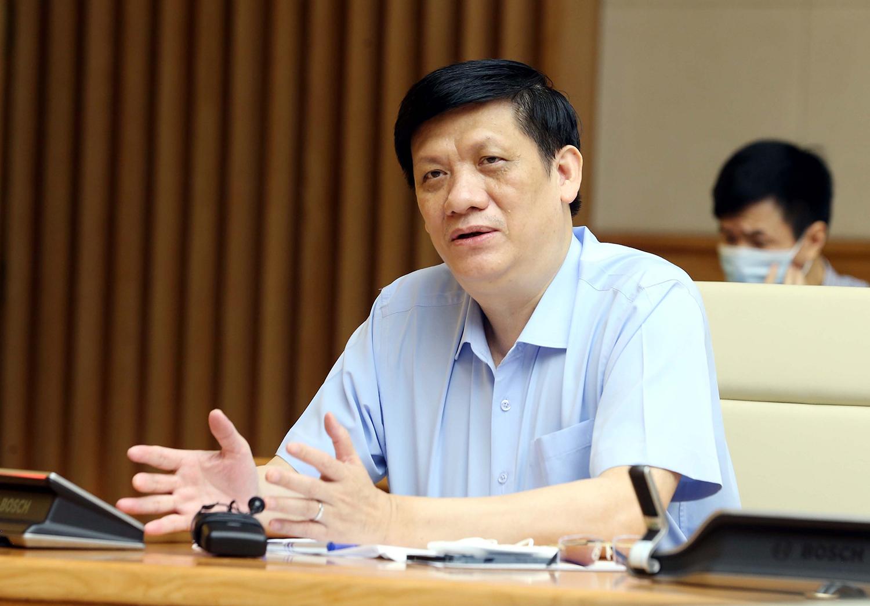 Bộ trưởng Bộ Y tế Nguyễn Thanh Long cho biết, ngành y tế đang tích cực chuẩn bị vật tư, trang thiết bị chống dịch, không để bị động trong mọi tình huống. Ảnh: VGP/Đình Nam