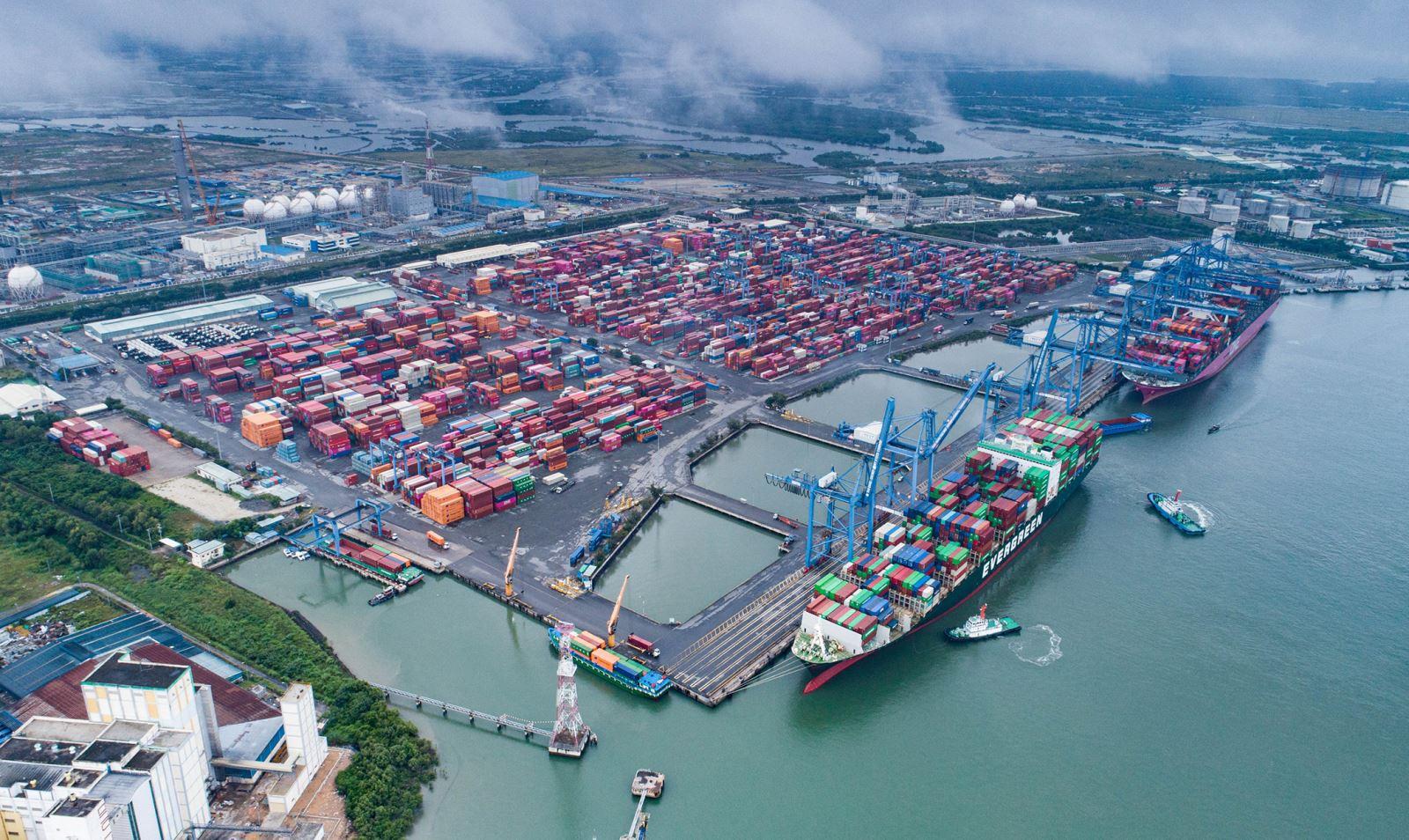 Kim ngạch thương mại giữa Việt Nam và ASEAN trong 8 tháng đầu năm tăng tới 35,2% so với cùng kỳ. (Ảnh minh họa)
