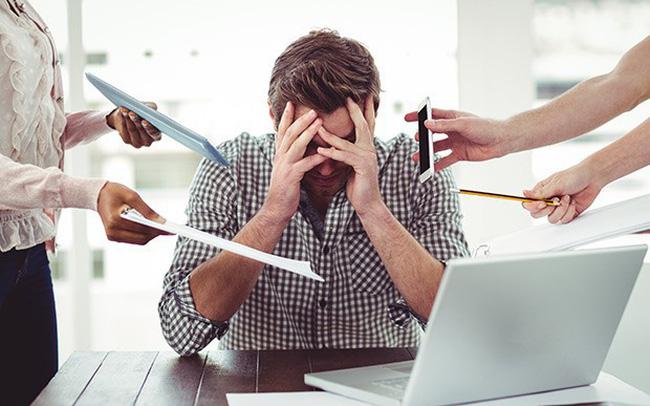 67% người tiêu dùng Việt cảm thấy căng thẳng về tình trạng tài chính. Ảnh minh họa