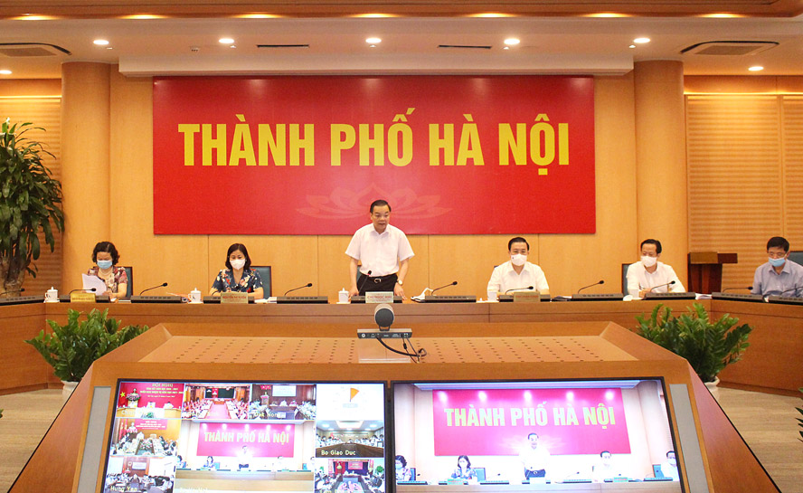 Ủy viên Trung ương Đảng, Phó Bí thư Thành ủy, Chủ tịch UBND thành phố Hà Nội Chu Ngọc Anh phát biểu tại điểm cầu thành phố Hà Nội.