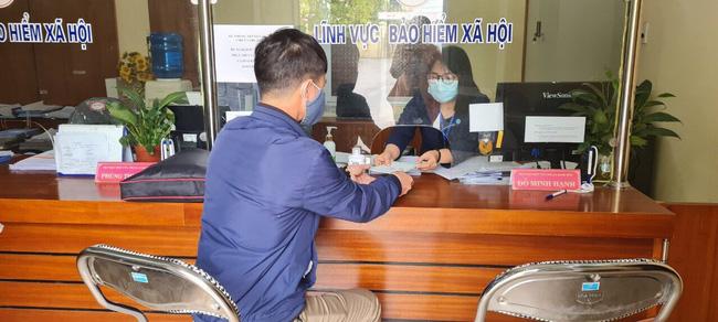BHXH TP đã có hướng dẫn thực hiện 4 chính sách hỗ trợ người lao động và người sử dụng lao động gặp khó khăn do dịch COVID-19.