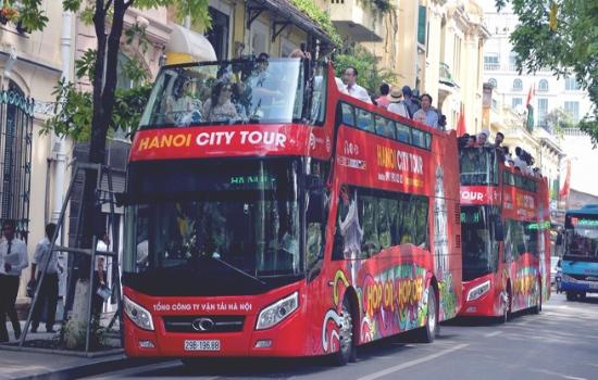 Xe buýt 2 tầng City tour phục vụ du khách tham quan Hà Nội